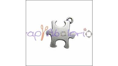 Colgante ZAMAK baño plata  puzzle 21x18 mm