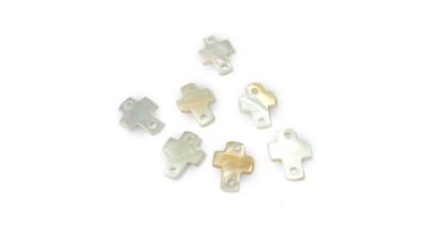 Entrepieza cruz blanca 12x10.5 mm Nacar- 10 uds