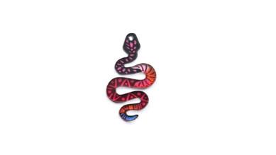 Colgante plexy multicolor serpiente 40x24 mm - Mix colores
