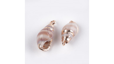 Colgante caracola concha natural  metalizado, incluye anilla 16-20x8-9 mm