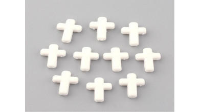 Cruz acrilica blanca 16x12x4 mm.Taladro 2 mm ( 20 uds)