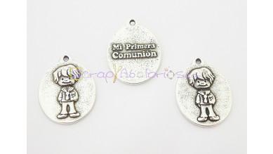 Medalla zamak niño Mi primera comunión 18x14 mm