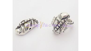 Accesorio anillo Zamak baño plata oval puntos 30x12 mm.